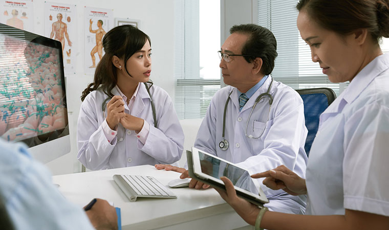 Photo: Doctors meeting